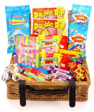 Retro Wicker Sweet Hamper 1.1kg