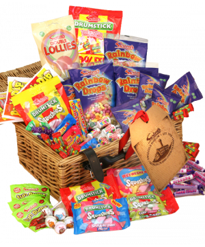 Personalised Retro sweet hamper 2.5kg